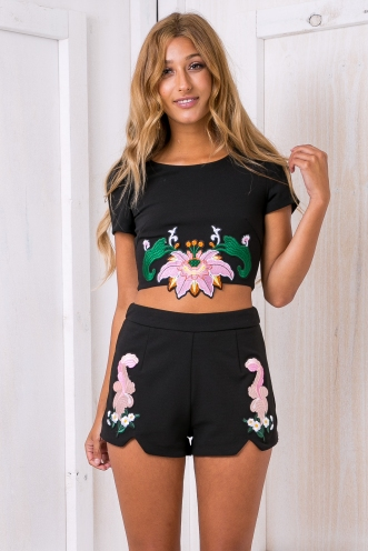 Melany embroidered crop top - Black SALE