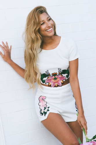 Melany embroidered crop top - White