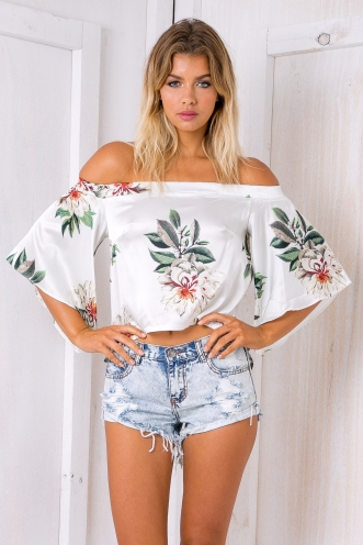 Poppy off the shoulder top -White floral