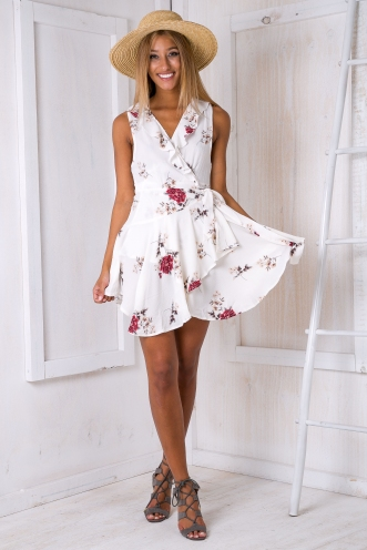 Cass wrap dress - White floral