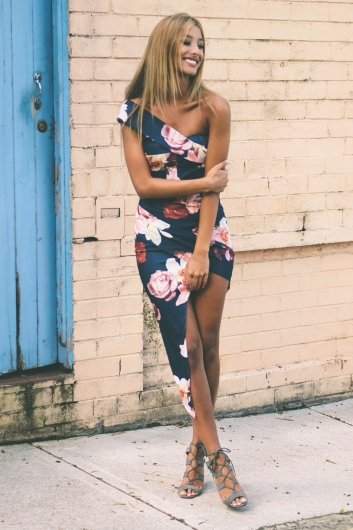 Priscilla party dress - Navy Floral