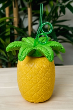 Pineapple Sipper