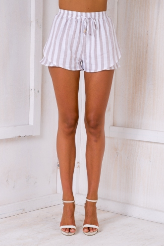 Belle shorts- White/Beige