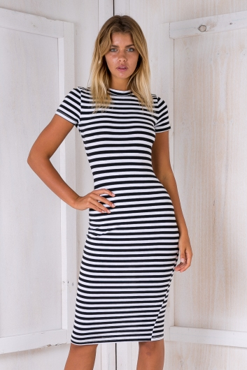 Between the lines dress - Black/White stripe