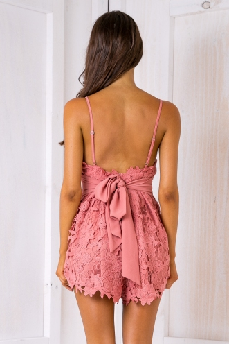 Taylor lace playsuit - Dusty pink