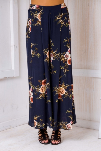 Sugar plum pants- Navy floral