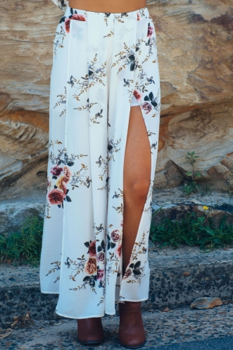 Sugar plum pants- White floral