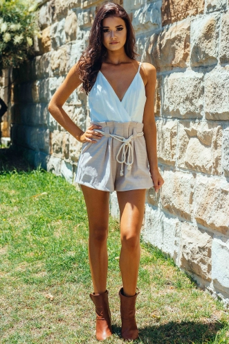 Louisa playsuit - White/Beige