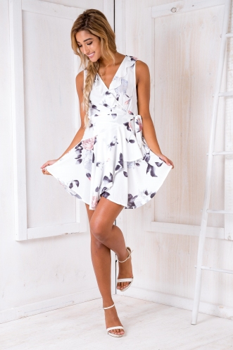 Cass wrap dress - White/Grey pink floral