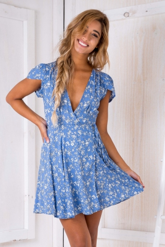 Milly wrap dress - Blue/White floral