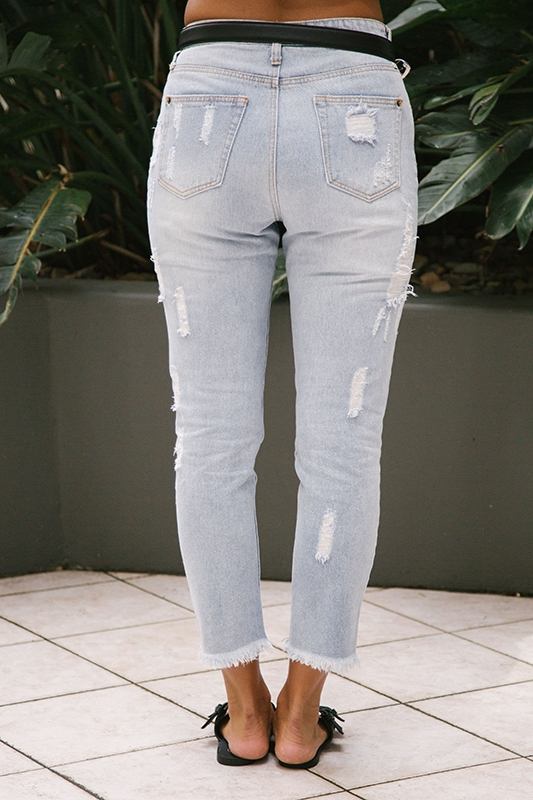 Hannah Ripped Mom Jeans - Light Blue - STELLY