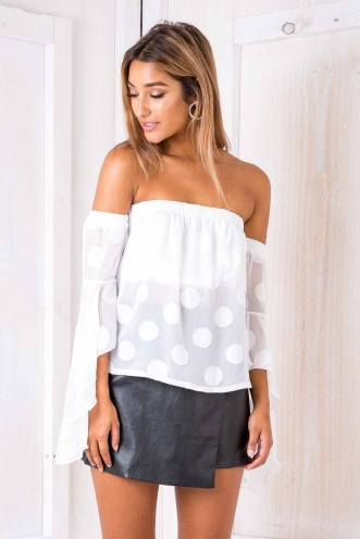 Polka dot top - White