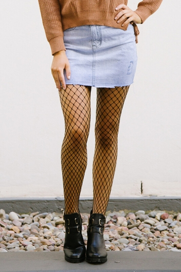 Fishnet stocking - Small hole