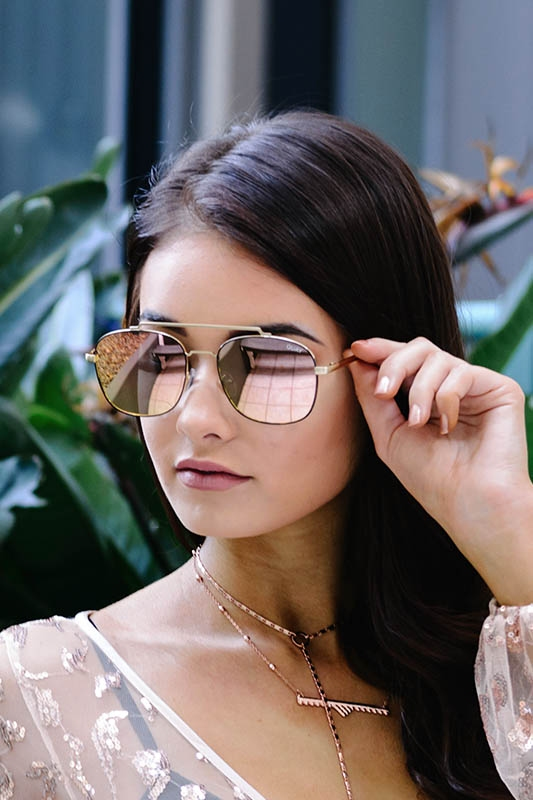 086ed42597 Quay Australia - To Be Seen - Gold  Pink - Stelly