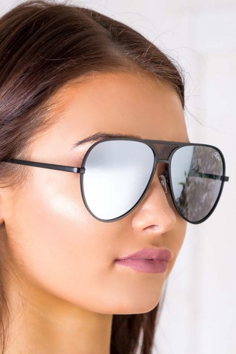 black single women in quay Discover quay australia at women's quay australia sort quay australia festival collection featuring sofia richie something extra square sunglasses in black.