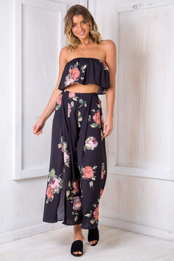 Sugar Plum Crop Top - Black Print
