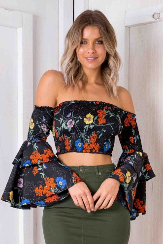 Spice Cake Top - Black Floral