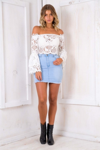 Clementine Cake Top - White Lace