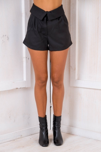 Sugar Plums And Currant Tart Shorts - Black