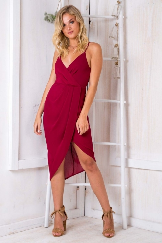 It Goes Like This Dress - Maroon