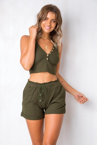 Feeling New Shorts - Khaki