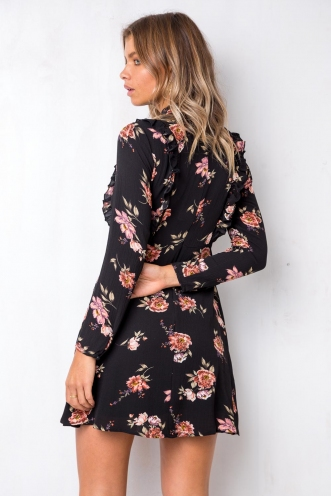 Page Turner Dress - Black Floral