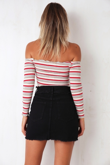 Bulla Cake Top - Red/Gold/Grey Stripe