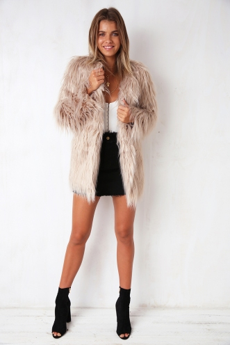 Girlgang Faux Fur Coat - Beige