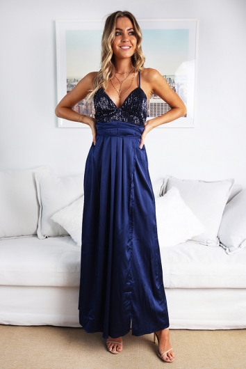 Wont Let You Fall Dress Navy Sequin Stelly