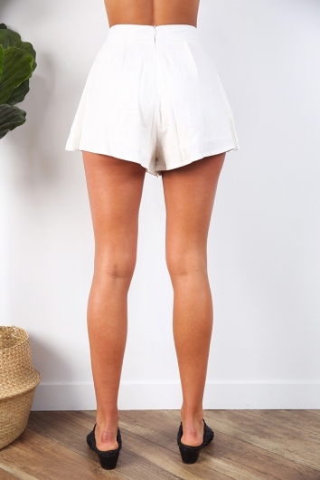 Gotta Have You Shorts - White