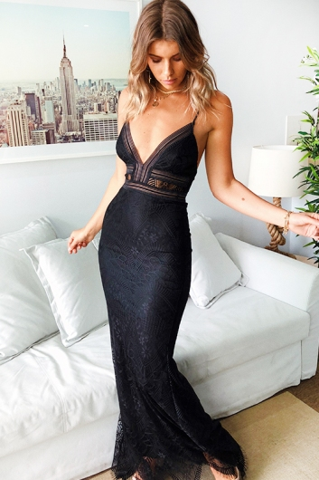 60ac837ae3aa33 Lady in Lace Dress - Black - Stelly