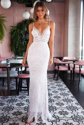 Lady in Lace Dress - White