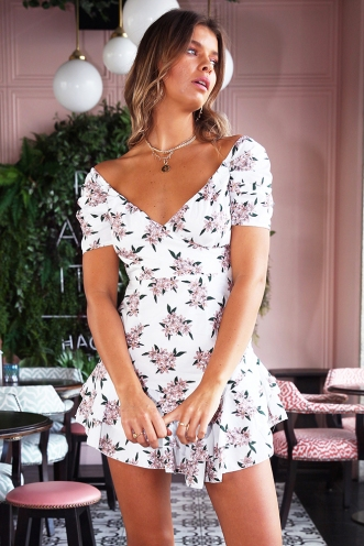The Amber Dress- White/ Pink Daisy