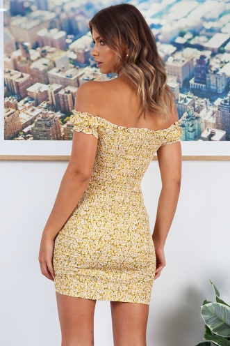 In The Summer Dress - Yellow Print
