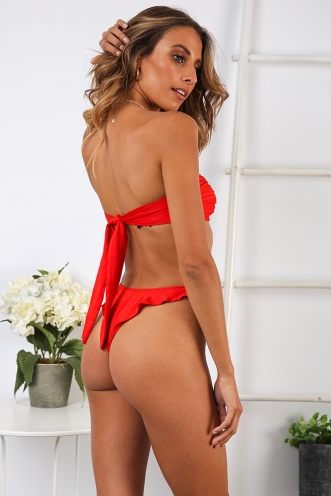 Swirl Treat Bottom -Red