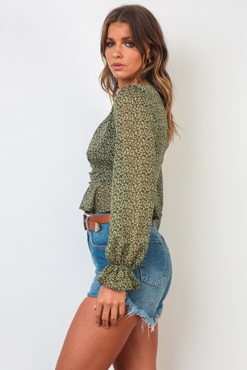 On The Luna Top - Green Floral