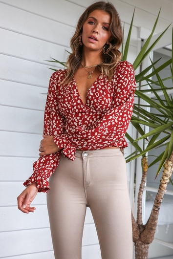 On The Luna Top - Maroon Print