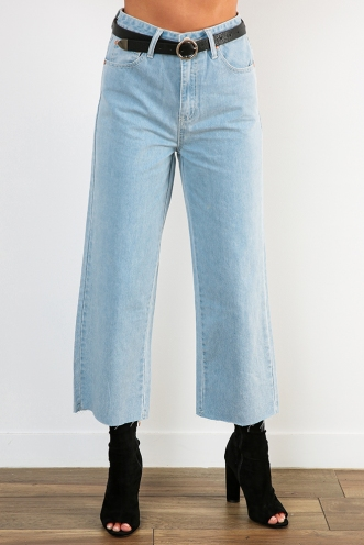 Claudia Cropped Jeans - Light Denim