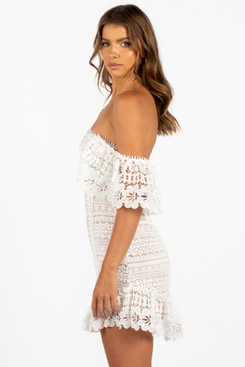 Heartbeats Dress White/Beige