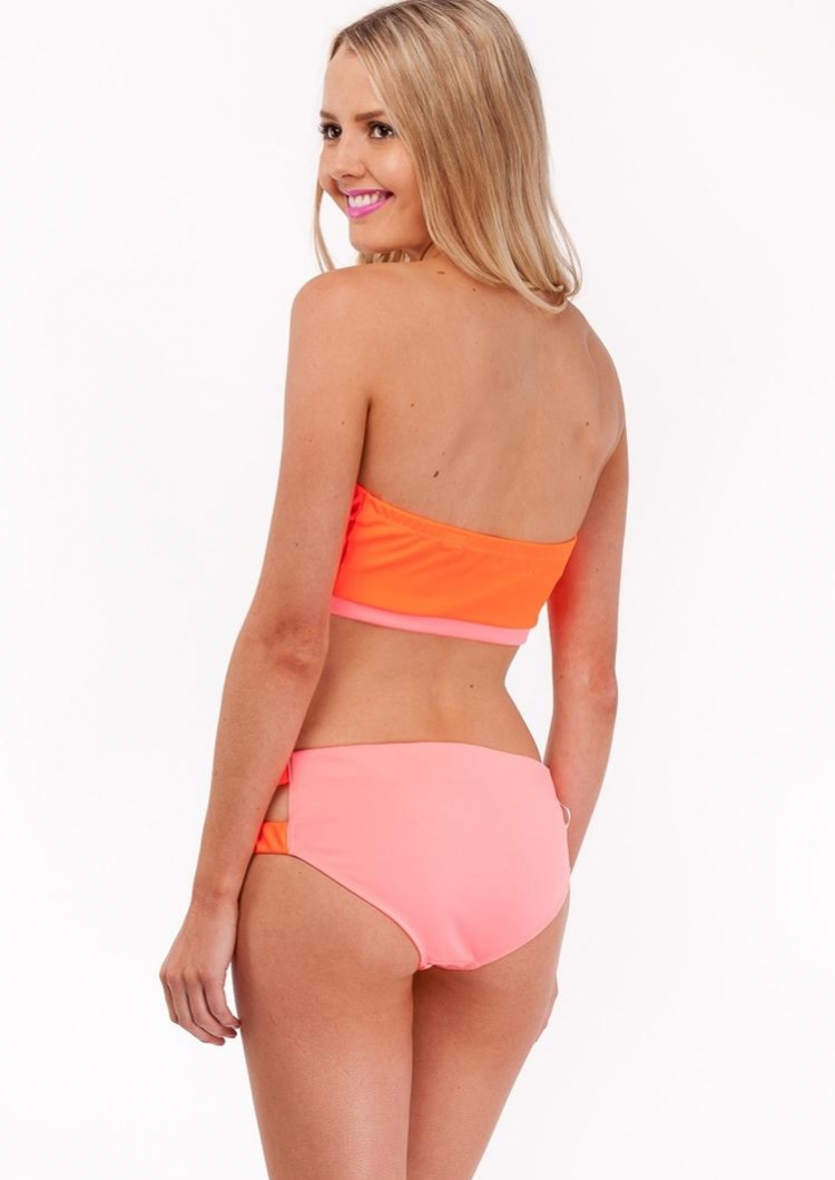 Save on PINK swimsuits and find great deals on bikinis and swimwear. Discover cute bathing suits at a discount, only at PINK.