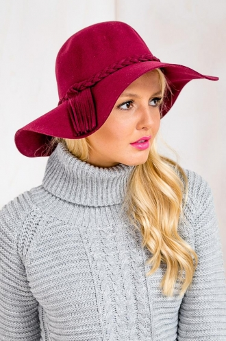 Brandy Pudding Womens Wool Hat - Maroon