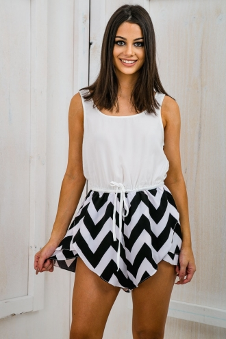 Fran Relaxed Zig Zag Playsuit- Black/White SALE