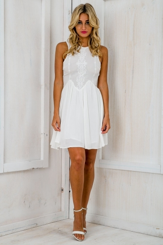 Happily lost embroidered dress - White-SALE